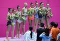단체경기 은메달 차지한 대한민국 리듬체조 선수들