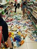 경주 지진... 와르르 쏟아진 마트 상품들