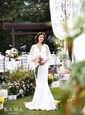 이시영 결혼사진 공개...'순백의 아름다운 신부'
