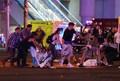 [사진] 부상자 후송 바쁜 라스베이거스 총격사건 현장