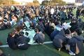 지진에 놀란 대학생들