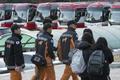 '여진 대비' 고사장에 소방대원과 수송버스 대기