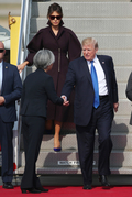 강경화 장관과 악수하는 트럼프 美 대통령