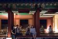 선선한 여름밤, 경복궁을 즐기는 시민들