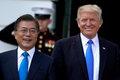 [사진] 미소짓는 문재인 대통령과 트럼프 대통령