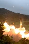 북 탄도 미사일 대응...동해안에서 불뿜는 현무2