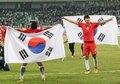 태극기 두른 대한민국 '월드컵 본선 진출'