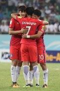 월드컵 진출 기뻐하는 선수들