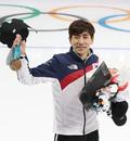 이승훈 '국민 여러분 덕분에 금메달 땄어요'