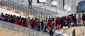 북한 응원단,' 질서 정연하게...'