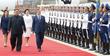 북한군 의장대 사열하는 문재인 대통령 내외