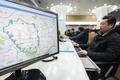 서울 사대문 내 배출가스 5등급 차량 운행제한 업무보는 교통정보센터 직원들