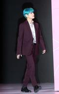 방탄소년단 뷔, 걸어다니는 화보