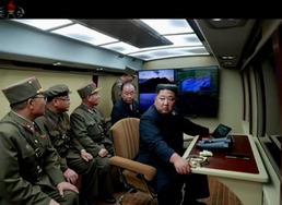 북한, 신형 방사포 시험사격 보도