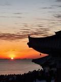 여수 돌산 용월사 앞바다 일출