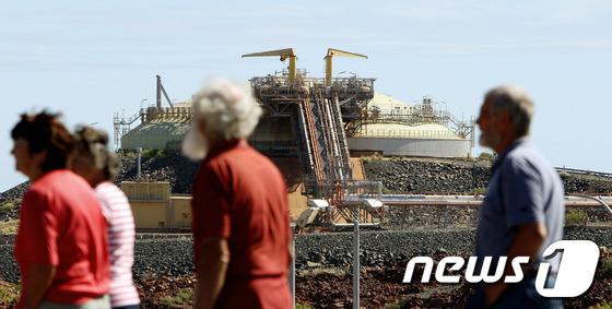 2008년 6월 17일 찍힌 호주 우드사이드 사의 액화천연가스 LNG 저장소