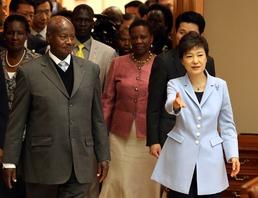 우간다, 北군사협력 중단…아프리카 '북핵포위'