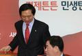 원내대책회의 참석하는 최경환-김기현