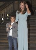 [사진]캐서린 왕세손비, 미래의 야생동물작가도 시상