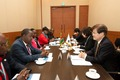 케냐 정보통신부 장관과 마주 앉은 최양희 장관
