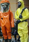 '에볼라 의료진 파견' 고심하는 의협 회장