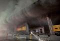 연기에 휩쌓인 군포 대형물류센터