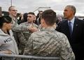[사진]오바마 반기는 미군들
