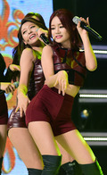AOA 설현-유나, '1위 기쁨에 부비부비 댄스~'
