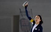 '빙속여제' 이상화, 하루만에 金…2차 레이스 500m 우승