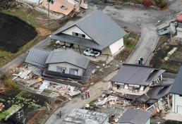 日 나가노현 규모 6.7 강진에 주택 붕괴