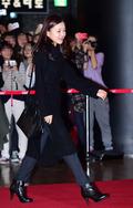 고아성, '영화관 패션은 올블랙'