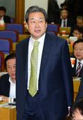 통일경제교실 참석하는 김무성 대표