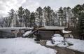 [사진]2m 폭설에 집도 폭삭