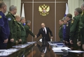 [사진]푸틴, 군수뇌부와 회동
