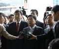 불법 선거운동 의혹 권선택 대전 시장,  검찰 출두