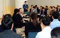 직원들과 공무원연금 개혁 의견 나누는 추경호 국조실장