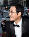김성균, '팬들 환호에 행복 미소 반짝~'
