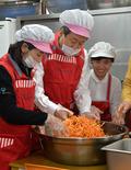봉사활동 나선 김무성 대표