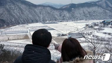 눈 내린 시골풍경