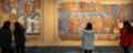 실물 크기로 모사된 아프로시압 궁전 벽화