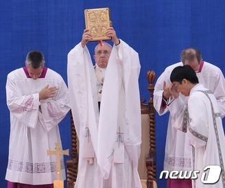 프란치스코 교황 '성모승천대축일' 미사 집전