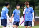 다시 뛰는 한국축구, 새로운 화두는 '심기일전'