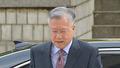 이석채 전 KT 회장 '어두운 표정으로 법원 출석'