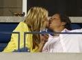 [사진]U.S. 오픈보다 더 시선을 끈 커플의 키스