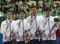 남자 팬싱 에페 단체전 '금메달 목에 걸고..'