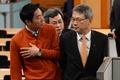 취재진의 질문 받는 윤두현 청와대 홍보수석