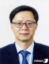 """여권서도 """"우병우 자진사퇴"""" 요구 확산 조짐"""