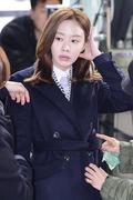 '펀치' 김아중, '머리 만지면서도 집중~'
