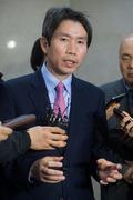 취재진 질문 답변하는 이인영 새정치 당대표 후보