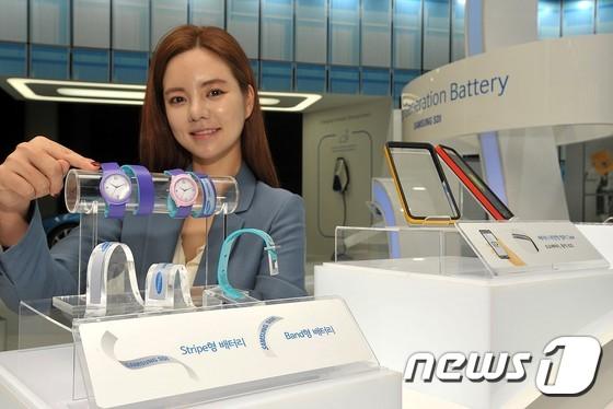 """조남성 삼성SDI 사장 """"밴드배터리 기어 시리즈 탑재 가능성"""""""
